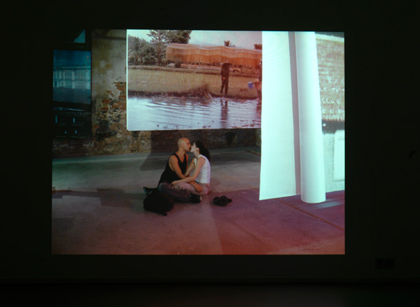 Venezia | Biennale R.K. | fotoprojectie | 180 x 240 | 2011